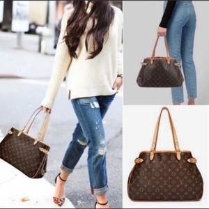 ❇️✨AUTHENTIC✨❇️LOUIS Vuitton Shoulder Bag